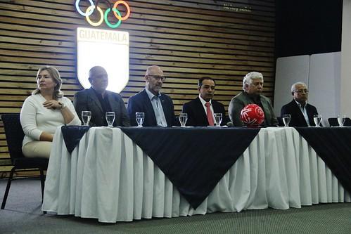 Reconocimiento a bolichistas en Olimpiadas Especiales