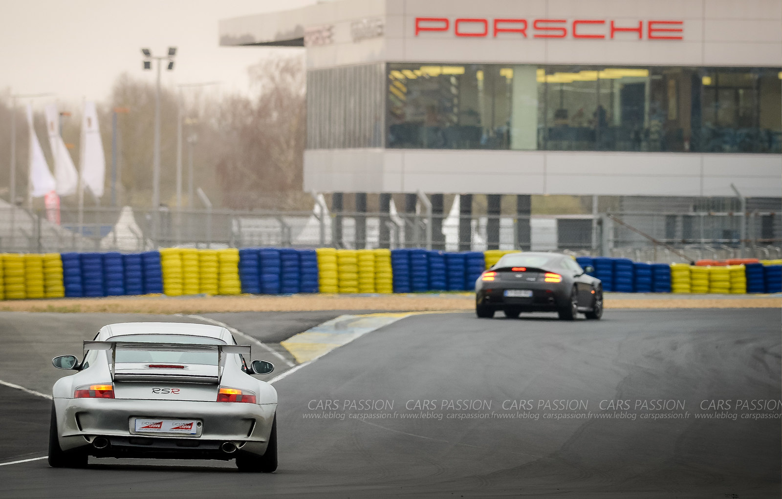 exclusive-drive-supercars-ferrari-porsche-alfa (3)