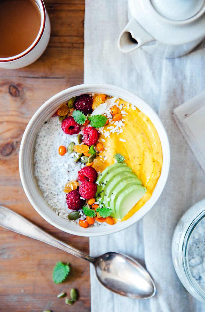 50/50 Coconut Chia & Sea Buckthorn Smoothie Bowl | Cashew Kitchen
