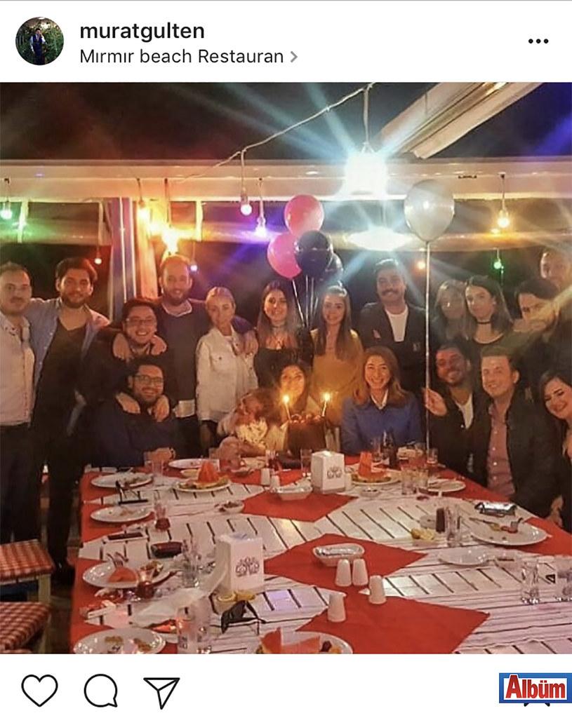 İç Mimar ve Çevre Tasarımcısı Murat Gülten, Neslihan Koçak'ın Mırmır Beach Restoran'da düzenlenen doğum günü partisinden bu fotoğrafı paylaştı.