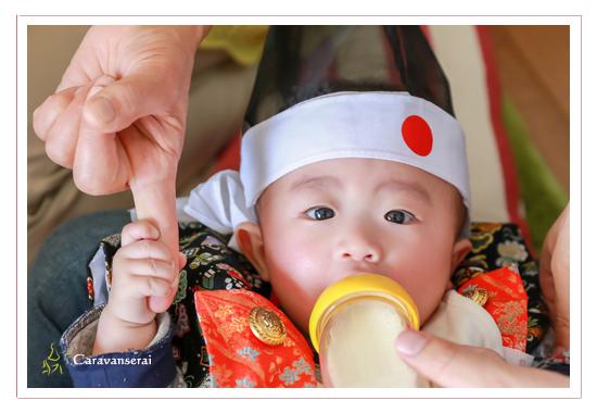 初節句 記念 家族写真 ファミリーフォト 双子の兄弟 愛知県瀬戸市 自宅 ロケーション撮影 屋外 出張撮影 人気 おすすめ データ納品