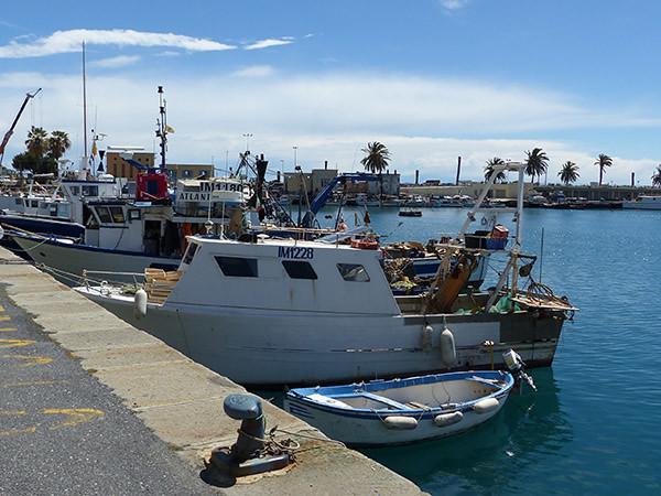 bateaux de pêche à Oneglia