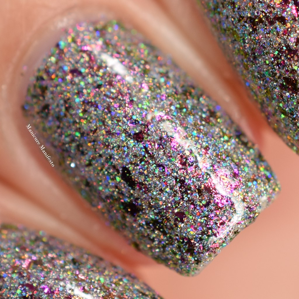 Girly Bits Polish Con swatch
