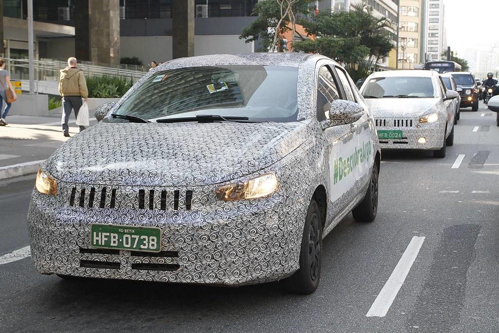 Fiat-Argo-Fiat-X6H-front-three-quarters-left-side-spy-shot-Brazil