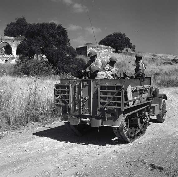 M3-halftrack-syrian-border-19640601-jnf-1