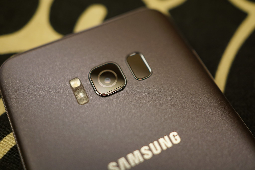 Samsung S8+ 薰紫灰開箱分享