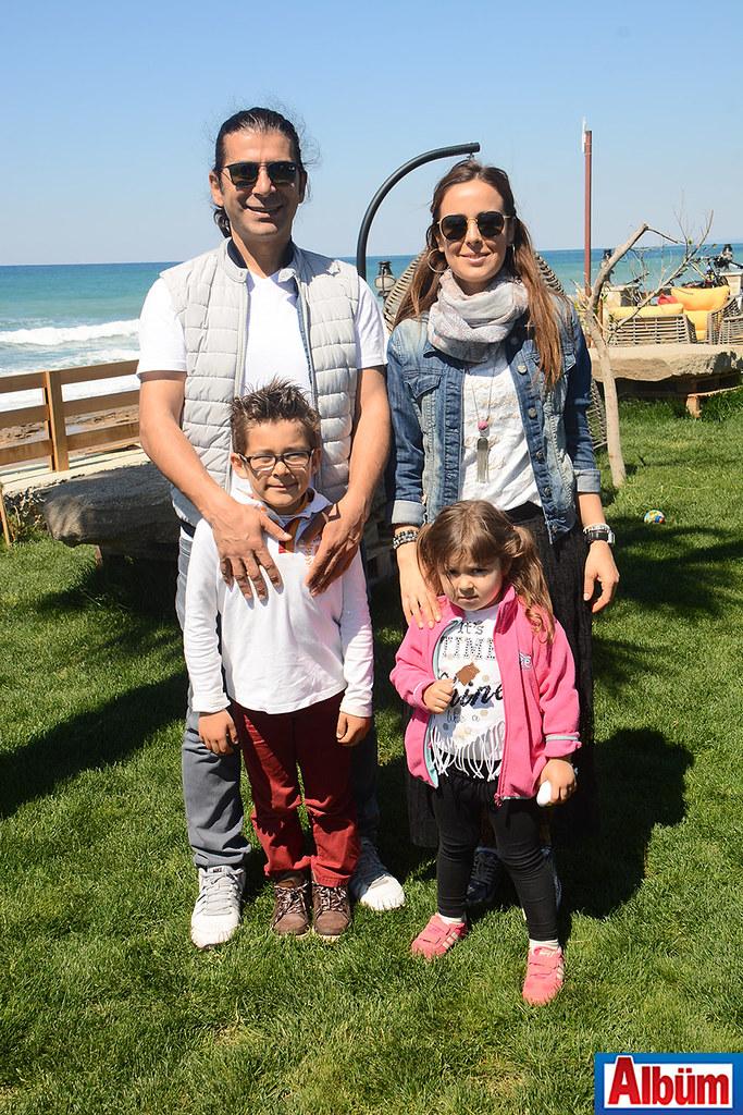 Veteriner Osman İncekara ailesi ile birlikte