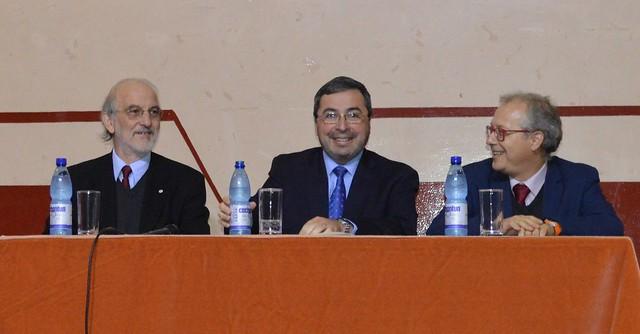 CEAT firma convenios de cooperación con Instituto Profesional Virginio Gómez.