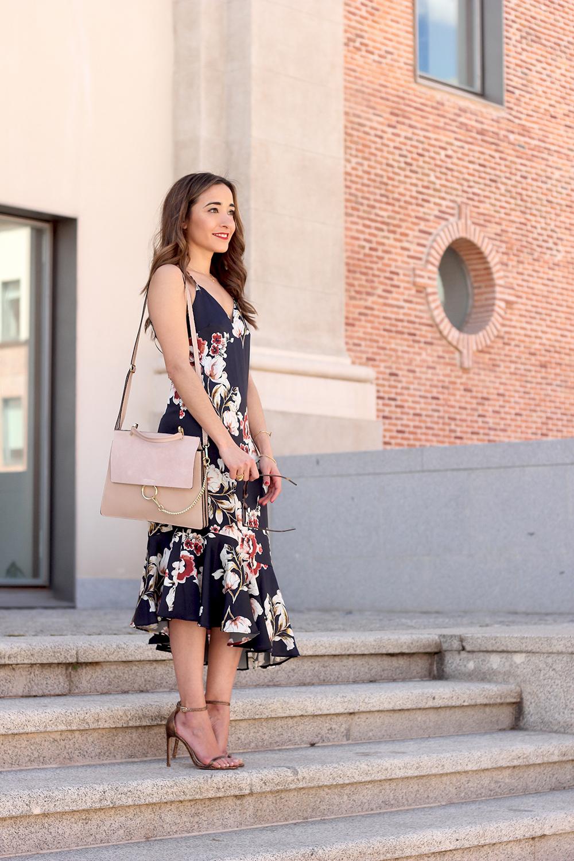 Floral dress denim jacket heels spring outfit style fashion19