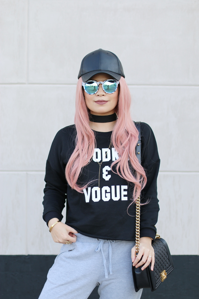 vodka-vogue-sweater-sweatpants-pink-hair-chanel-boy-bag-5