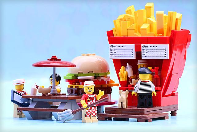 The Diner Boys - LEGO frites ketchup mayo