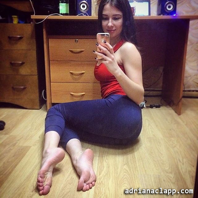 Sexy Teen Feet  Adrianaclappcom  Goddess Adriana  Flickr-6081