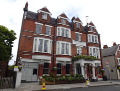 Picture of Kew Gardens Hotel, TW9 3NG