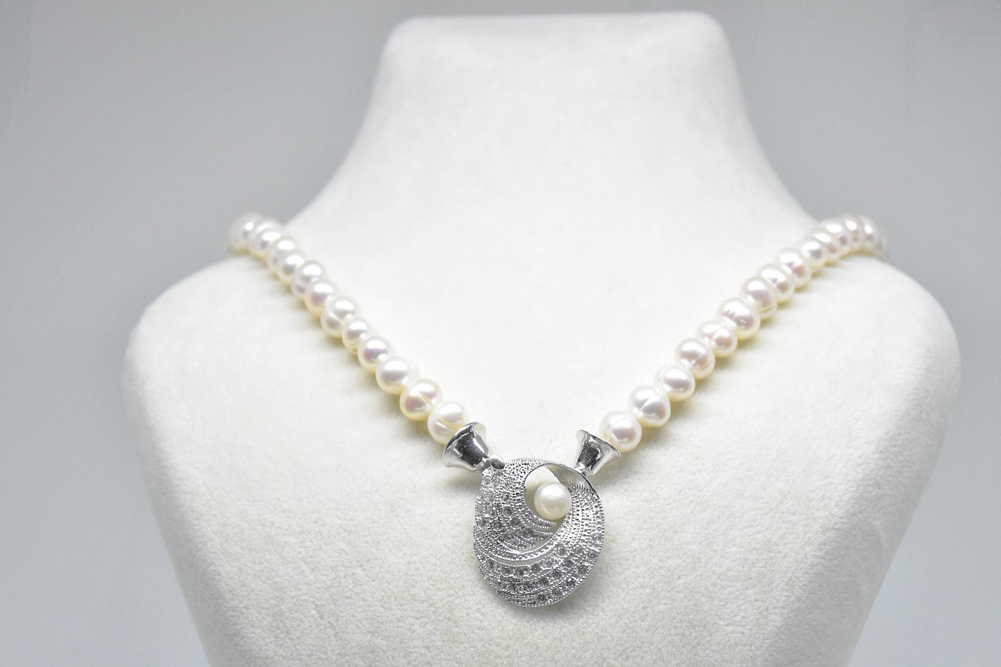 - Ahsen 925K Gümüş Klipsli Doğal Beyaz İnci Kolye-AH-00042
