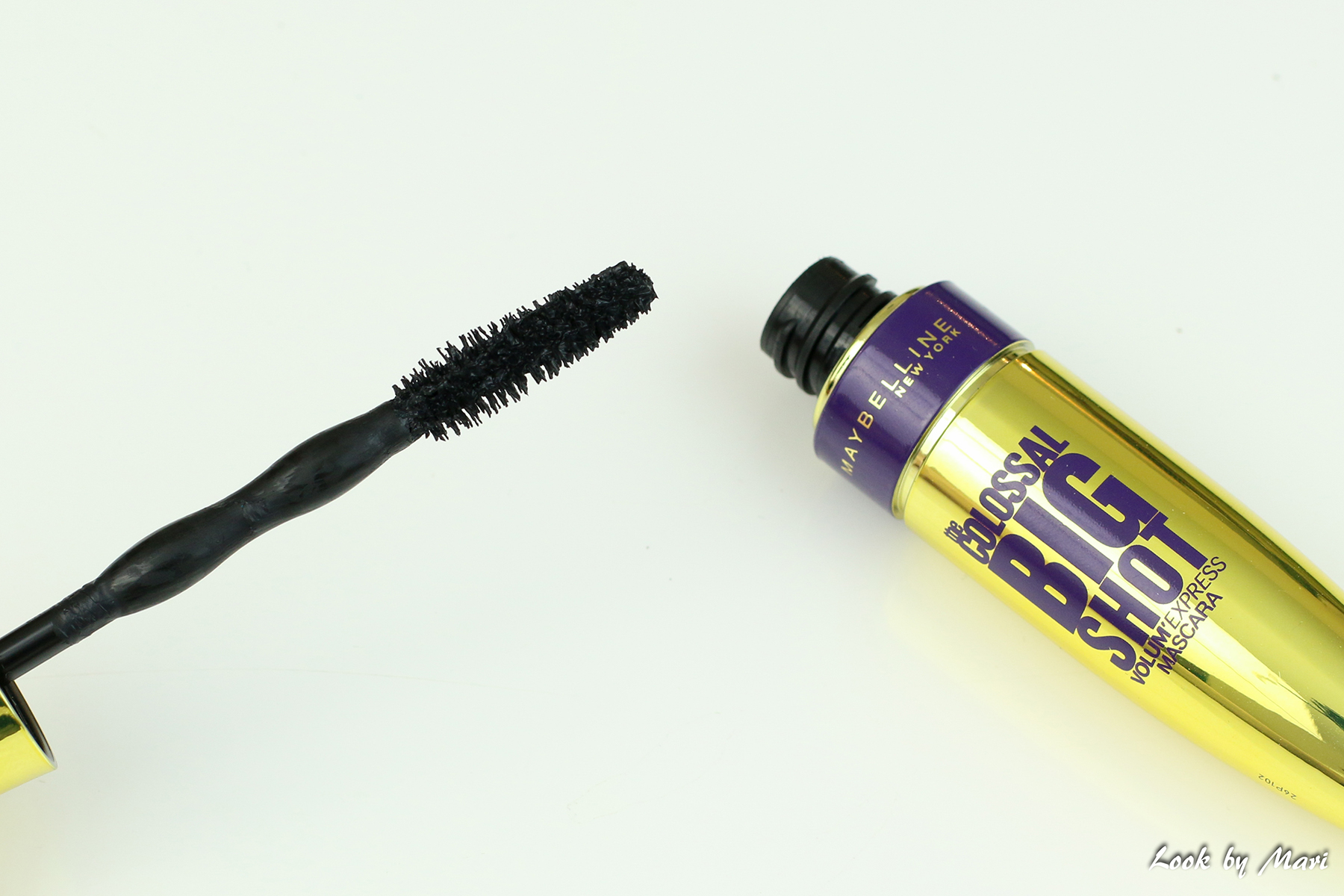 3 maybelline the colossal big shot mascara review is it good wand worth it blog review