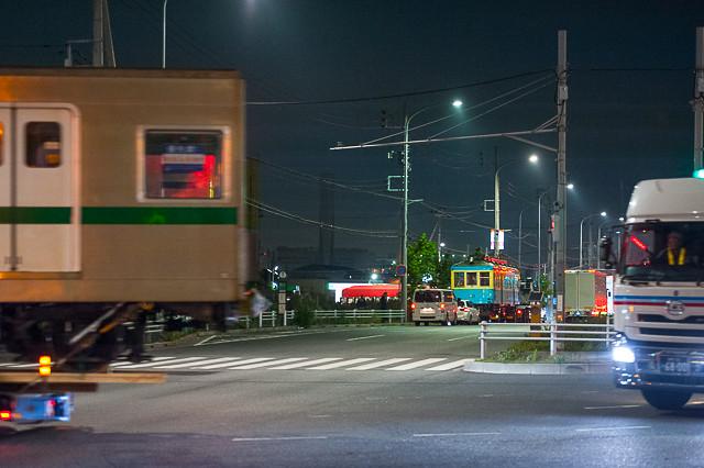東京メトロ6621号車 箱根登山鉄道110号陸送