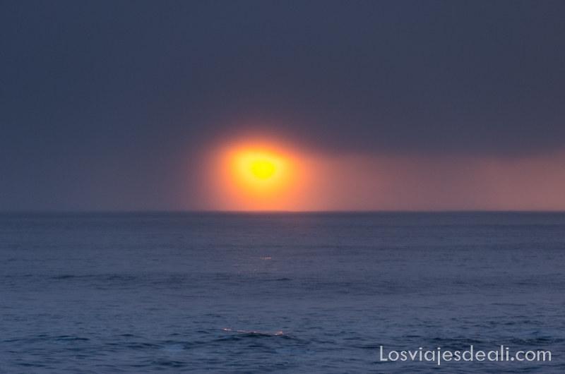 puesta de sol en isla San Cristóbal