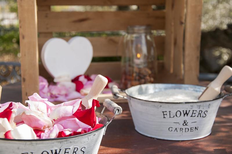 wedding-planner-alicante-decoracion-de-boda-arroz-petalos-1