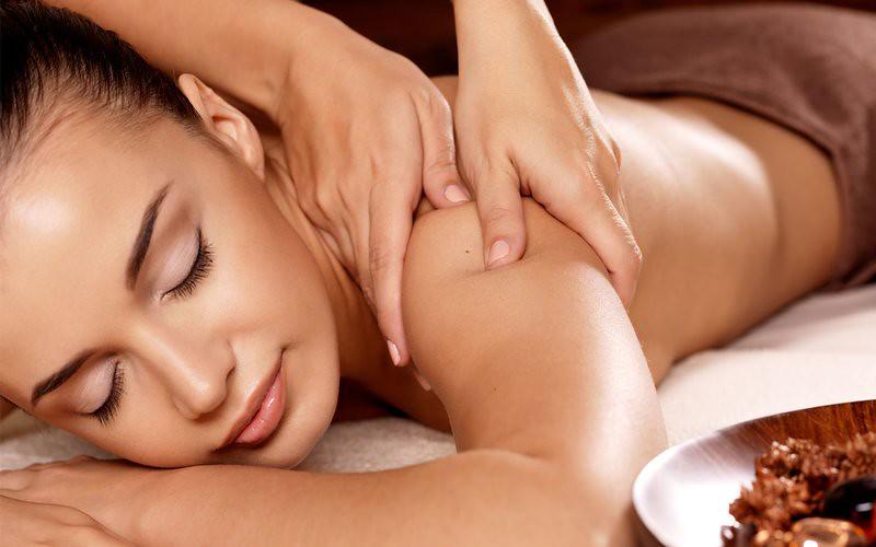 Kerala Ayurvedic Massage Types & Benefits