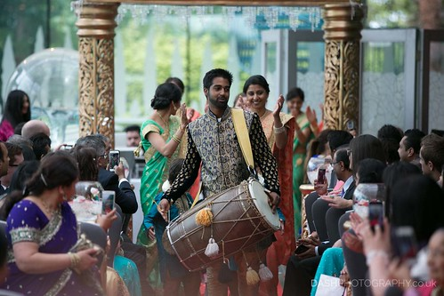 Drums during groom entrance at Hindu ceremony