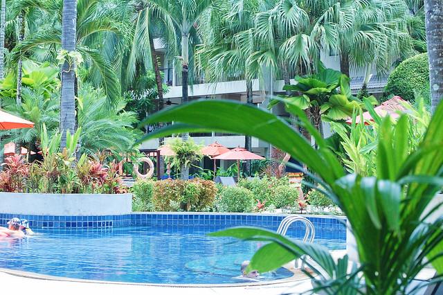 Novotel Surin Beach Phuket 4
