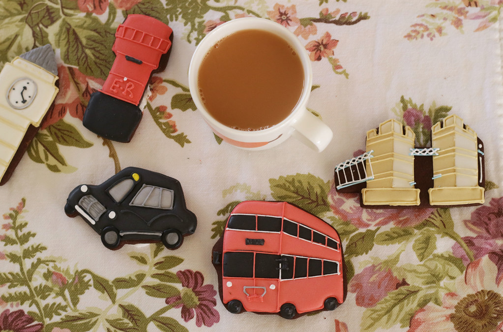 biscuiteers and a cuppa tea