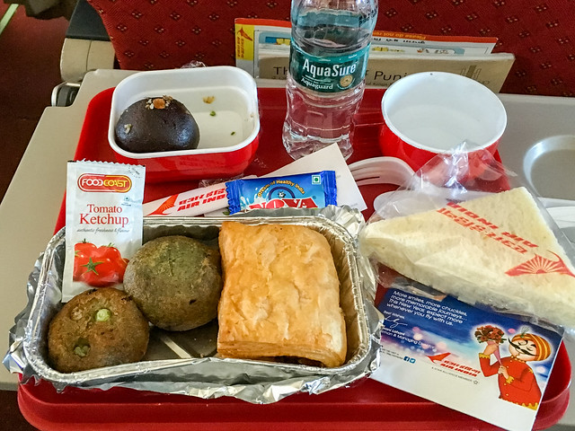 Domestic Inflight meal of Air India, from Jodhpur to Delhi, India エア・インディア国内線の機内食