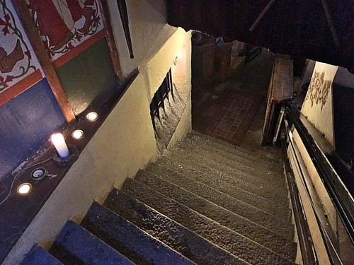 Looking for a drink in Gamla stan, and I knew right away by this entrance that I had probably stumbled upon something special. | by Music Sumo