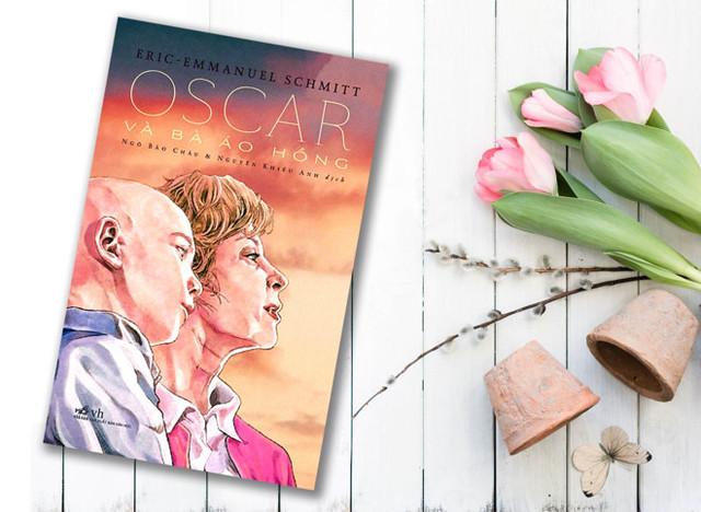 'Oscar va ba ao hong': Hay tran trong tung phut giay cuoc doi hinh anh 1