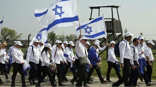 """La responsabilidad del Holocausto es de toda la humanidad"""": Meir Kastro"""