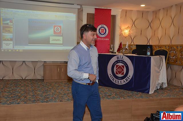 İngilizce Öğretmeni Kaan Coşkun da katılımcıların sorularını yanıtladı.
