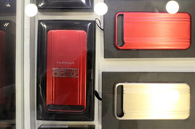 Zero Halliburton Duane Bacon Blogger Luggage Travel Phone Case