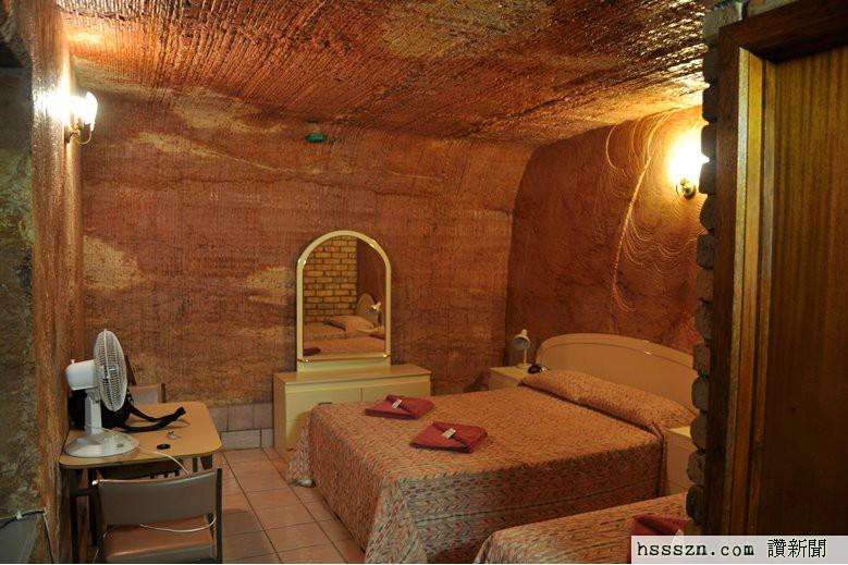 desert-cave-room