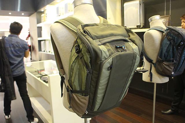 Zero Halliburton Duane Bacon Blogger Luggage Travel Back Pack