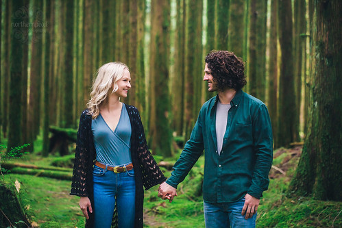 Engagement Session | by Shauna Stanyer (Northern Pixel)