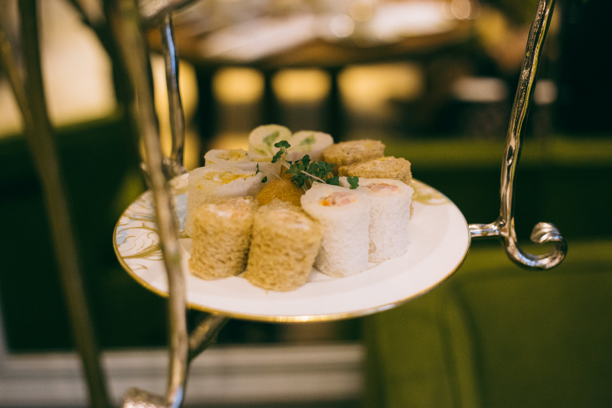 {afternoon tea with the rosebery lounge} via chevrons & éclairs