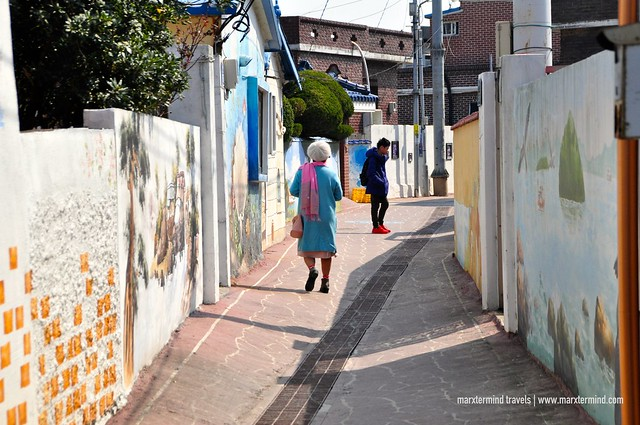 Gadeokdo Mural Village Busan Tour