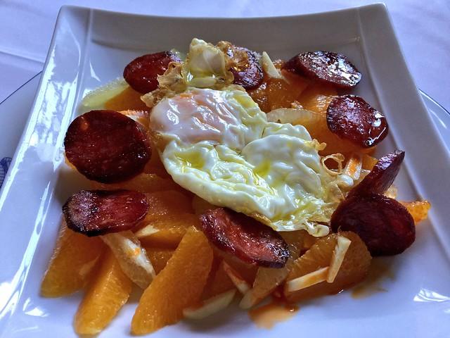 Ensalada de limones y naranja de Las Hurdes (Restaurante El Puente, Pinofranqueado)