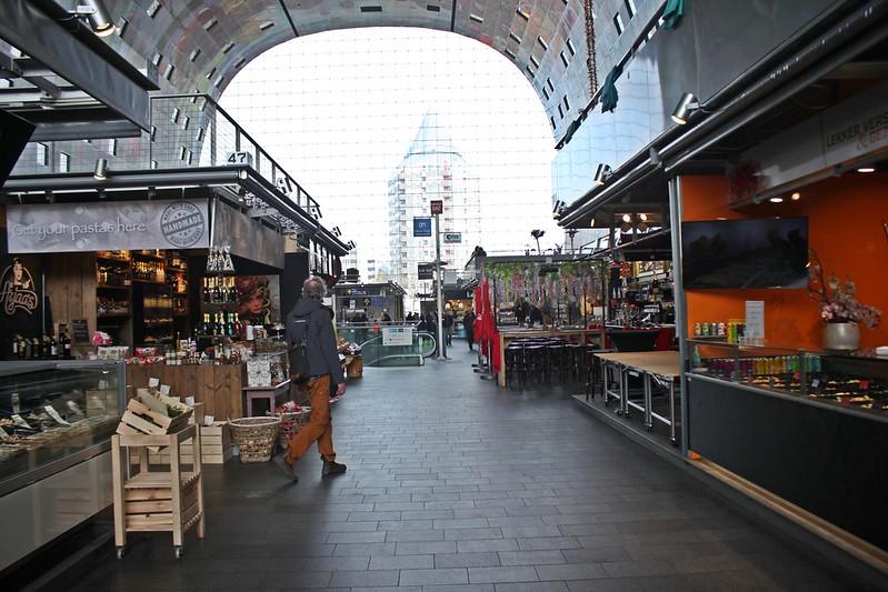 Travel-Rotterdam-Markthal-拱廊市場-17docintaipei (35)