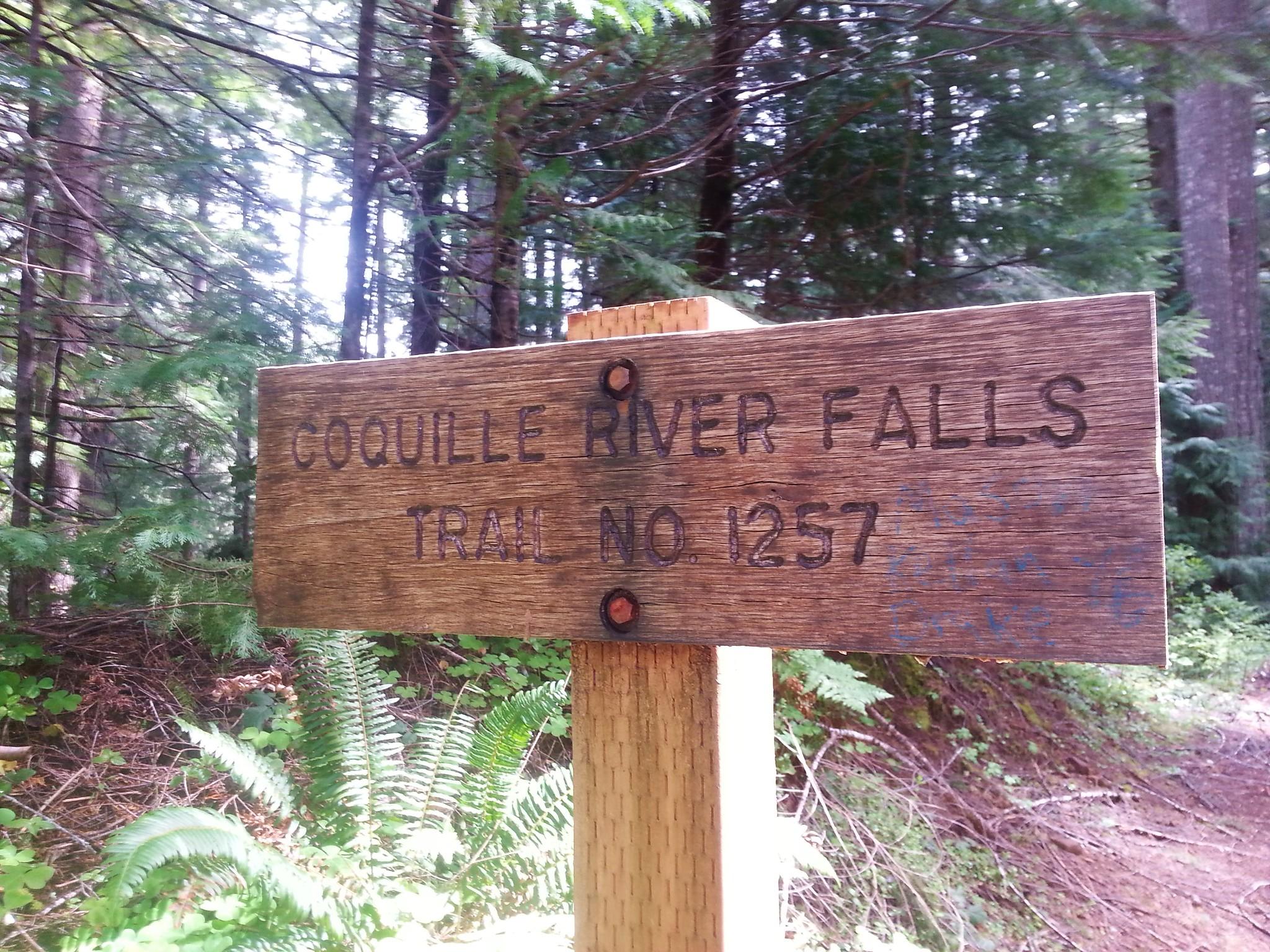 Coquille River Falls Trailhead