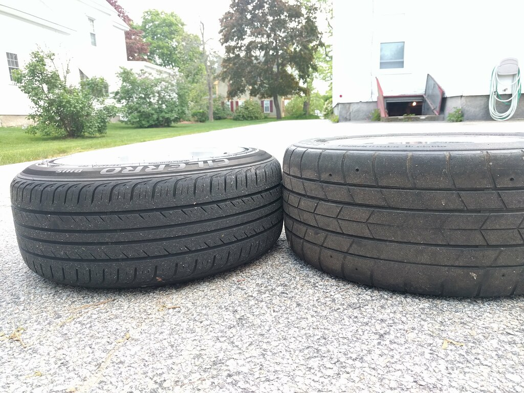 stretched vs sticky tires