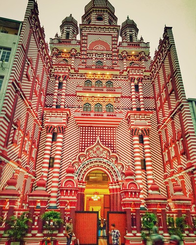 Jami-Ul-Alfar Mosque, Famously Known as Red Mosque, Colombo, Srilanka | by Shoiab Safdar