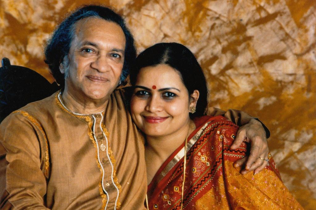 Ravi Shankar and wife Sukanya Rajan © Ravi Shankar | Flickr