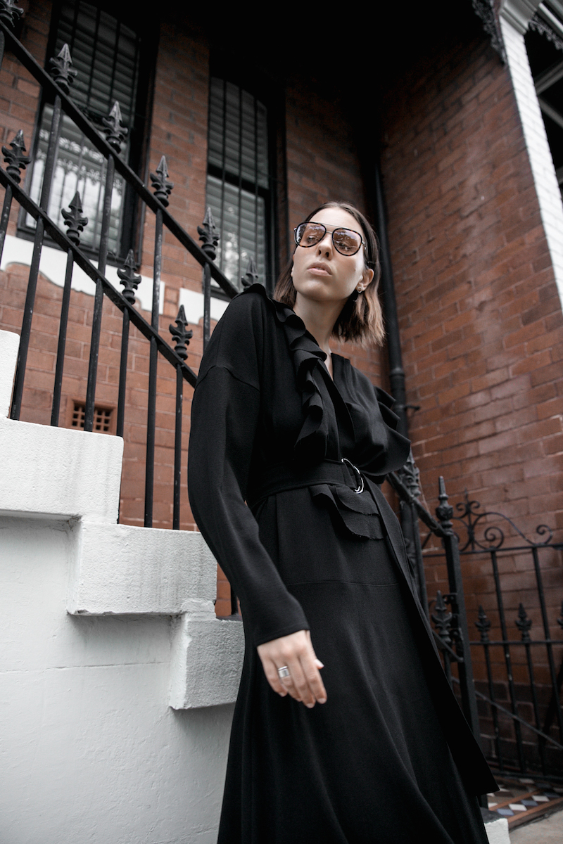 all black minimal street style gucci dionysus sunglasses mytheresa fashion blogger georgia alice frill dress loafer mules theundone  (10 of 11)