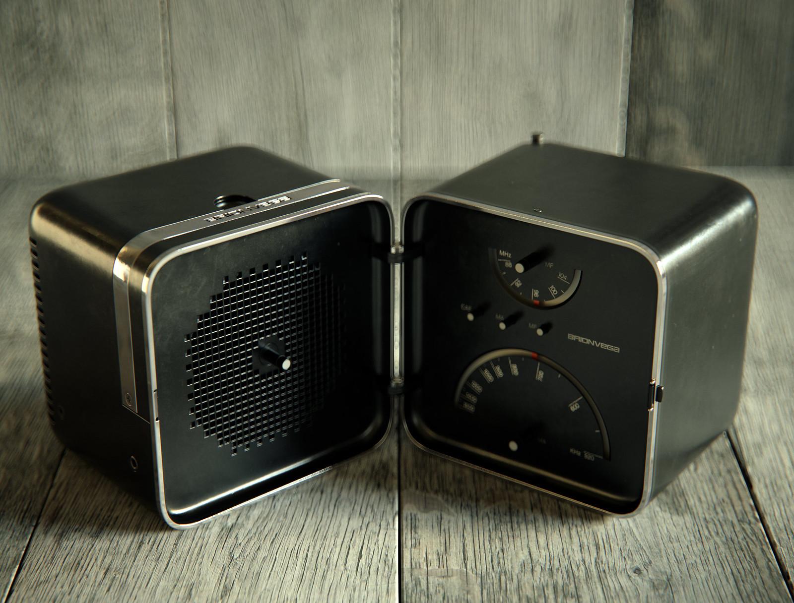 1965 Brionvega TS-502 Radio