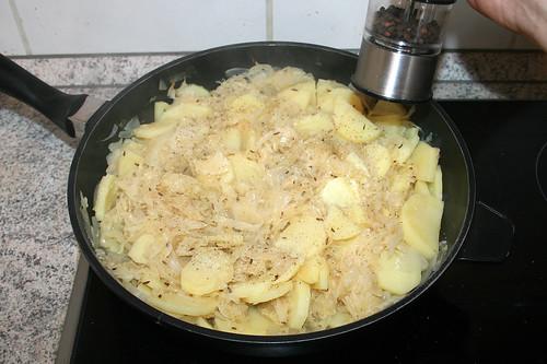 25 - Mit Salz & Pfeffer würzen / Season with salt & pepper