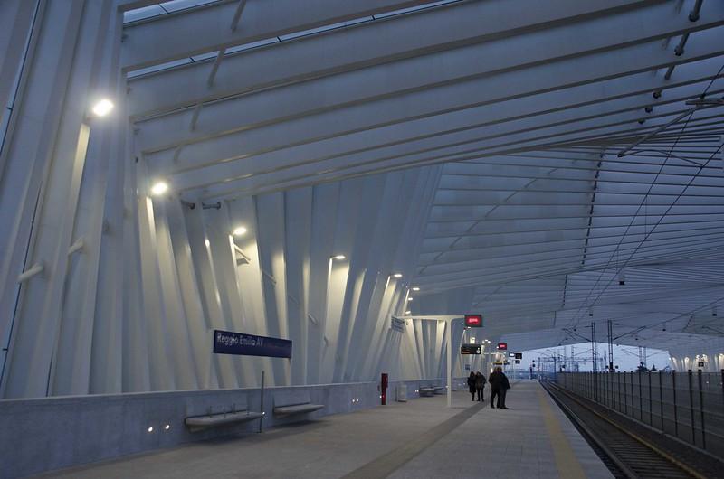 Estação Mediopadana