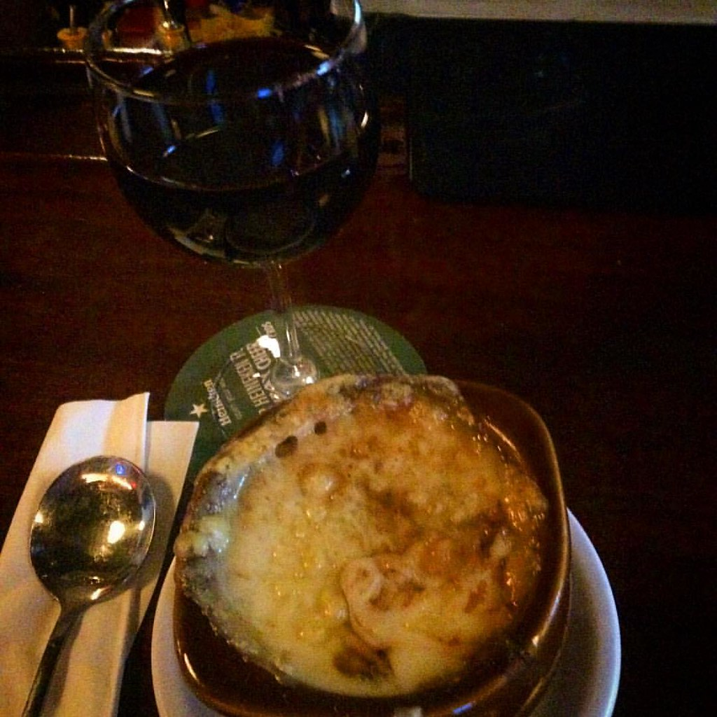 Post surf onion soup & a little grape. The wetsuit wasn't warm enough &  I'm chilled to the spine.