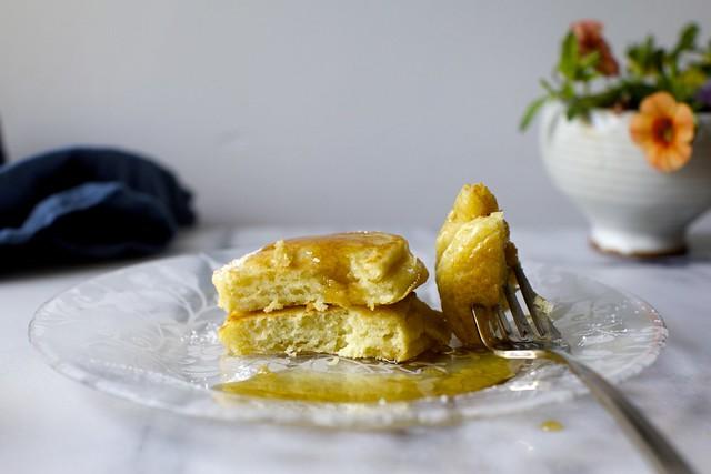tall fluffy buttermilk pancakes