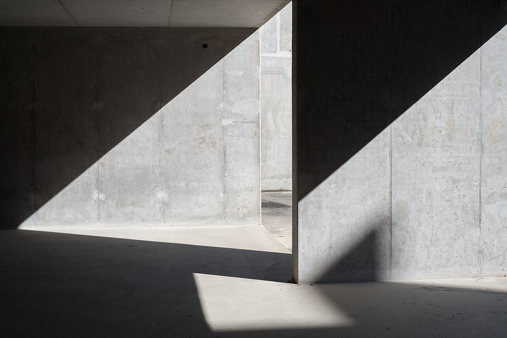Concrete book. Concrete passages about closeness and coldness by Gábor Kasza Sundeno_05